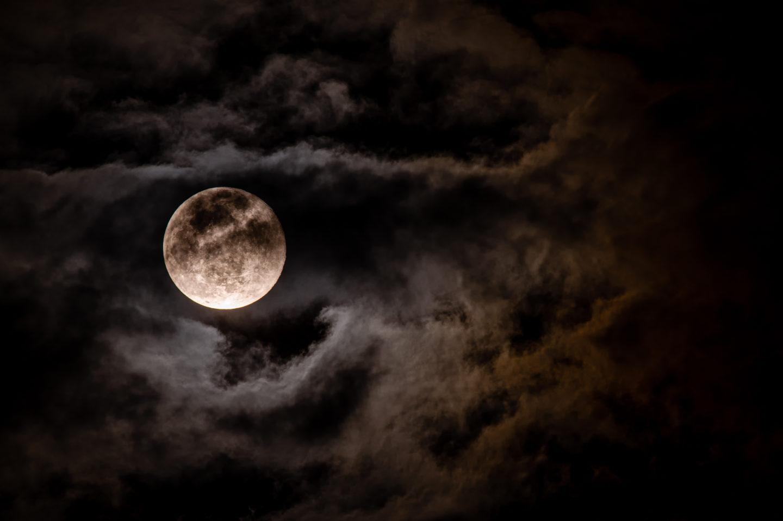 Full Moon in Taurus Tarot Spread – Raven Rosie
